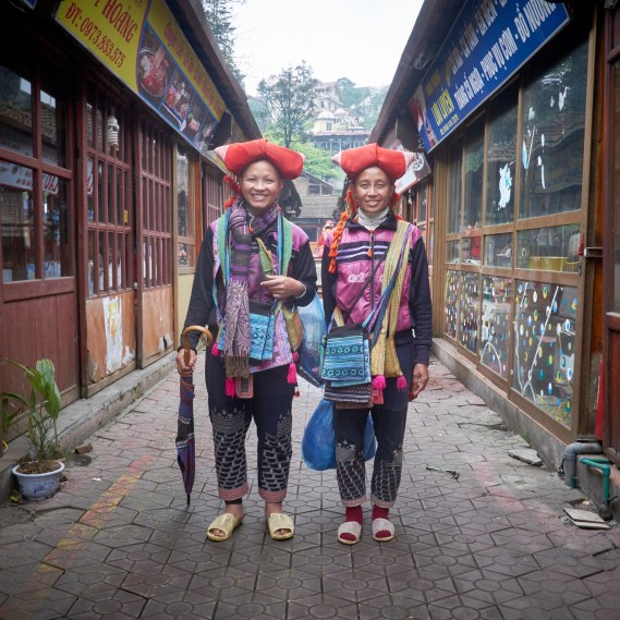 Portrait of a pair Red Yao street vendors in Sa Pa town.